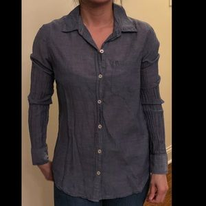 Forever 21 button down blue blouse size US S